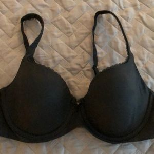 Victoria's Secret Body By Victoria Bra 36C